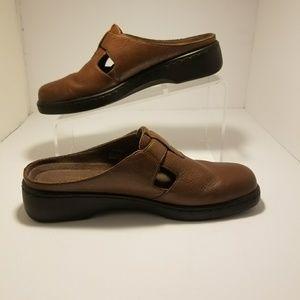 Naturalizer Brown Clog 8M